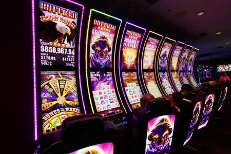 Автоматы игровые на раздевание игровые автоматы с выводом денег на карту играть